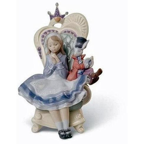 Lladro Alice In Wonderland Figurine 01008350