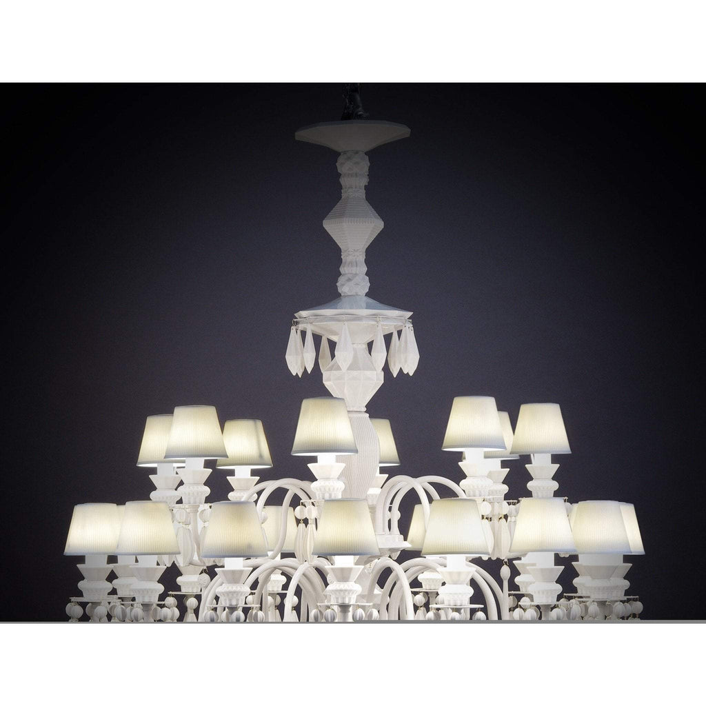 Lladro Belle De Nuit Chandelier White 12 Lights 01023189