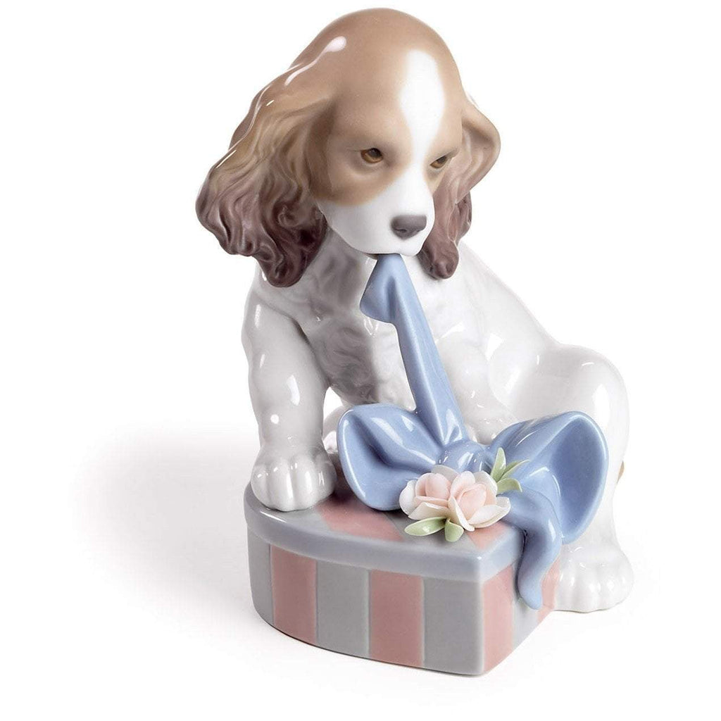 Lladro Can't Wait Figurine 01008312