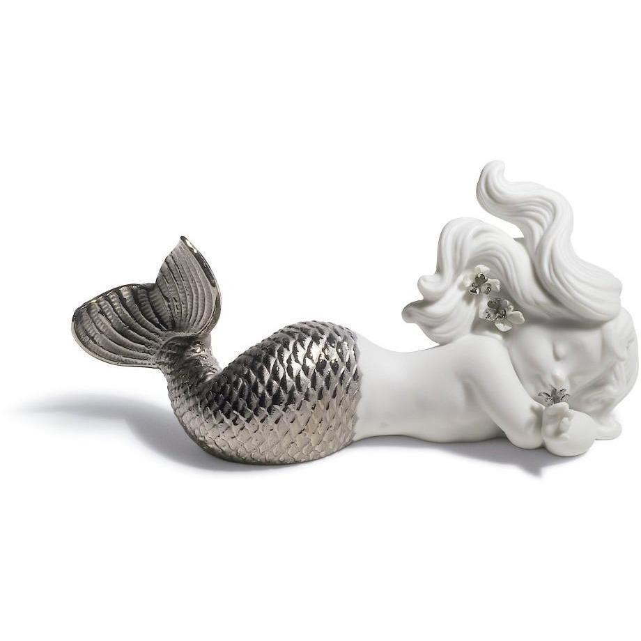 Lladro Day Dreaming At Sea Silver Re-Deco Figurine 01008546