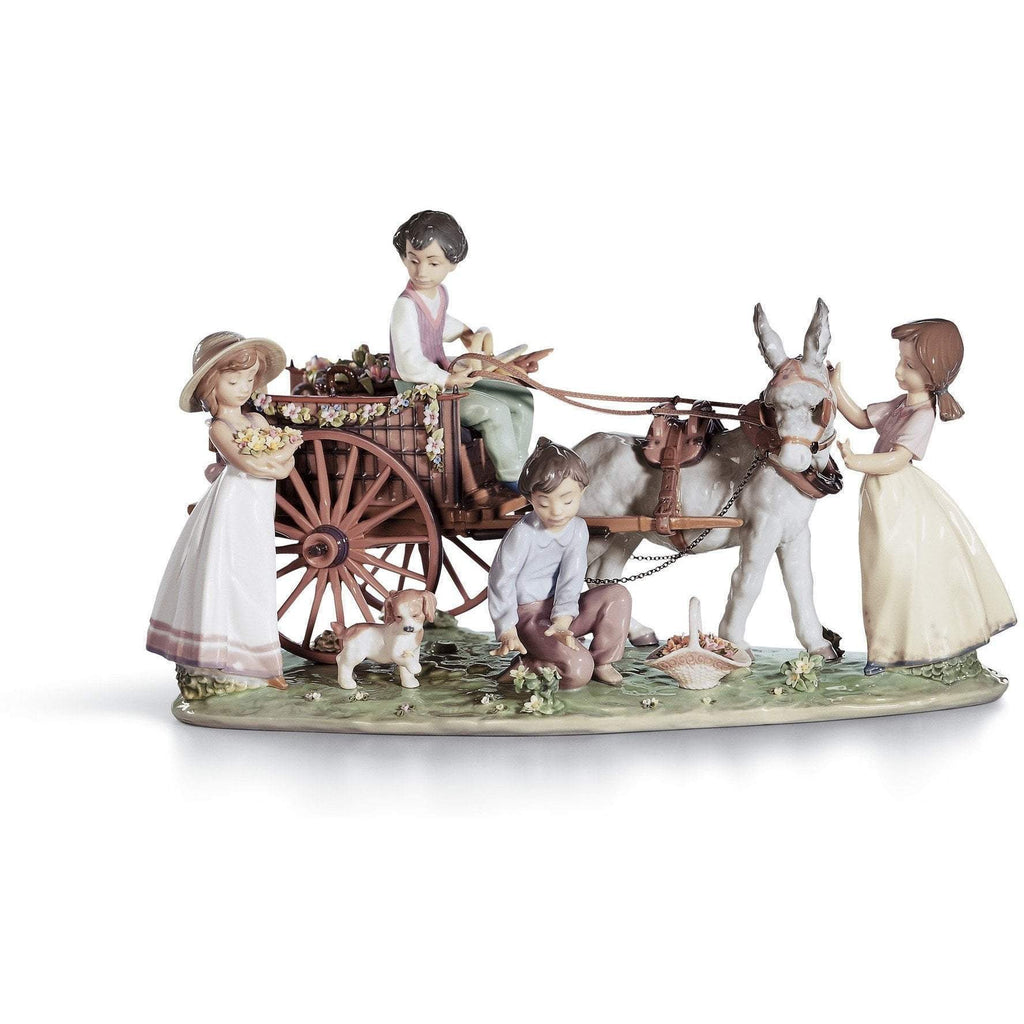 Lladro Enchanted Outing Figurine 01001797