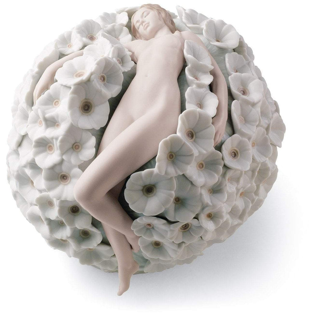 Lladro Floral Dreams Figurine 01008365