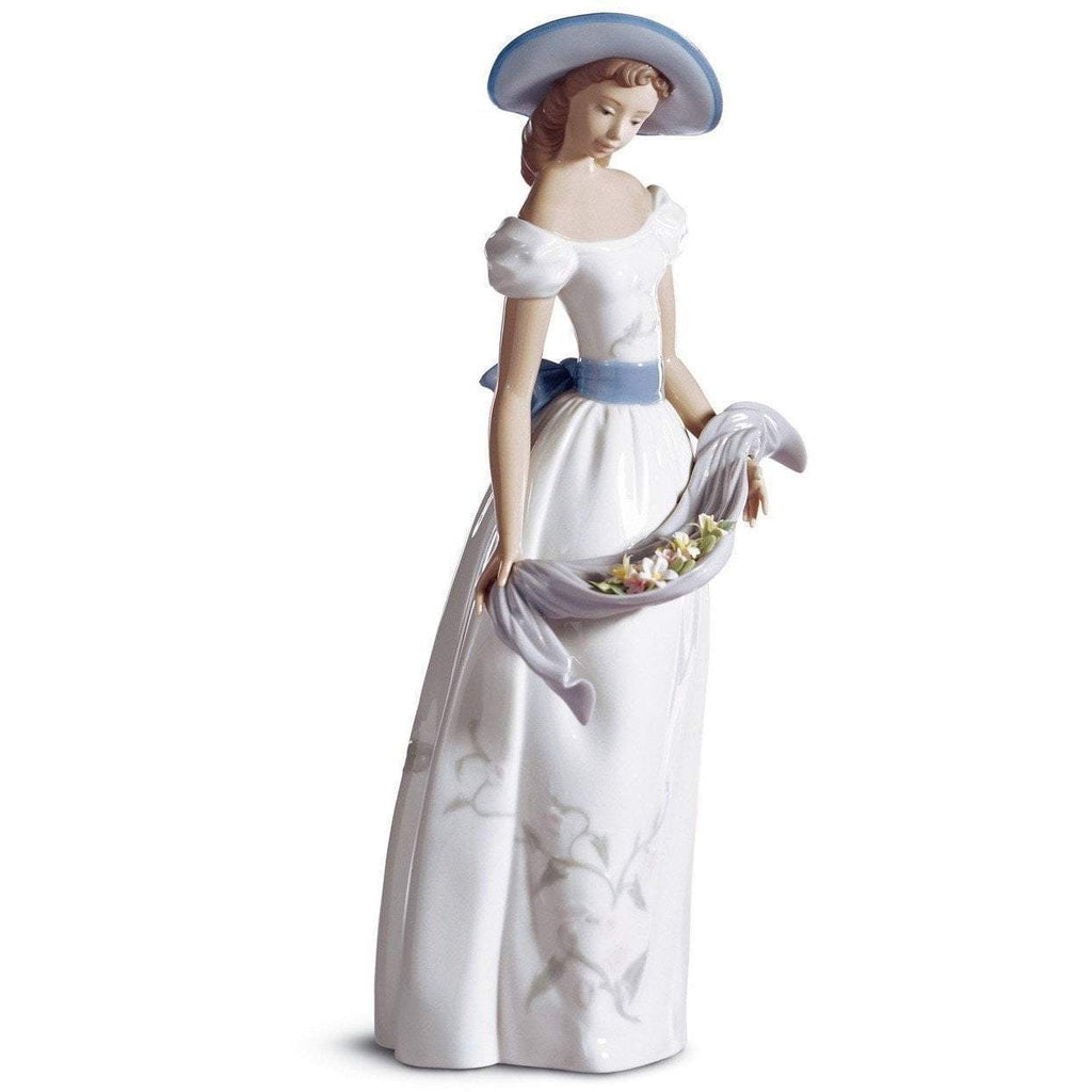Lladro Fragances And Colors Figurine 01006866