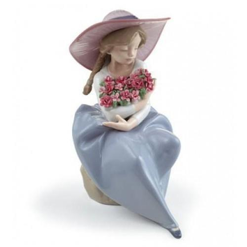 Lladro Fragrant Bouquet Carnations Figurine 01007215