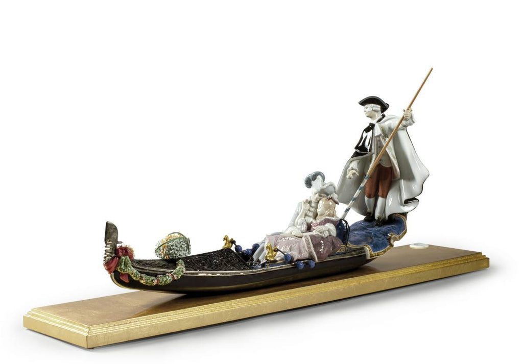Lladro Gondola In Venice Sculpture 01002014