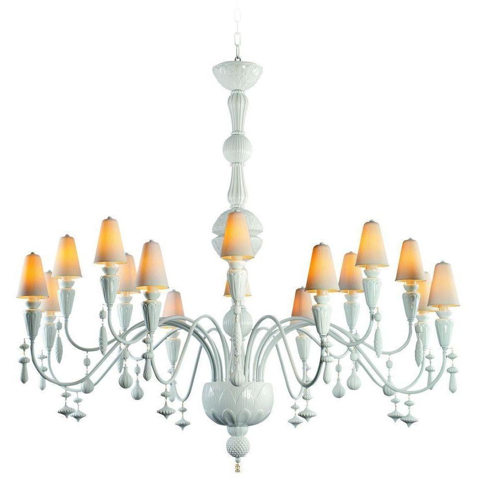 Lladro Ivy & Seed 16 Light White Chandelier 01023871