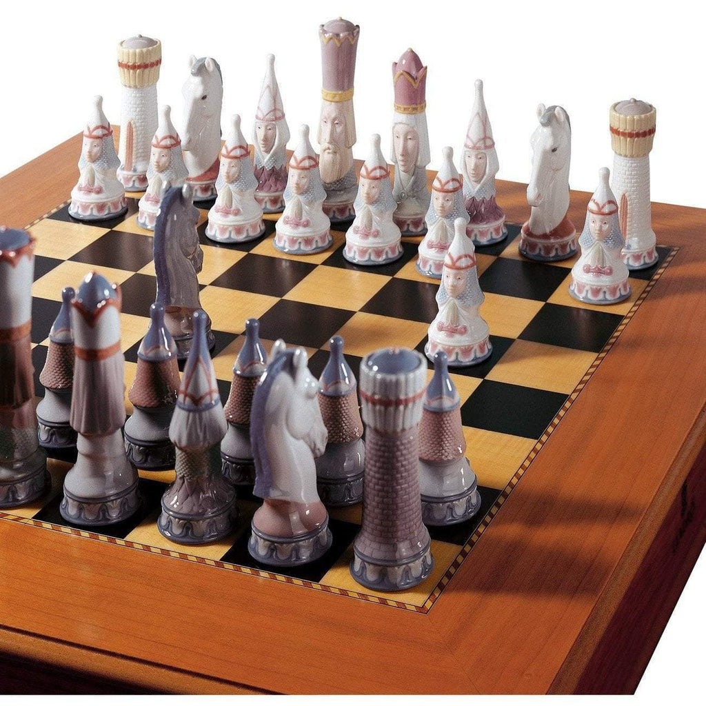 Lladro Medieval Chess Set Board Box Included 01006333
