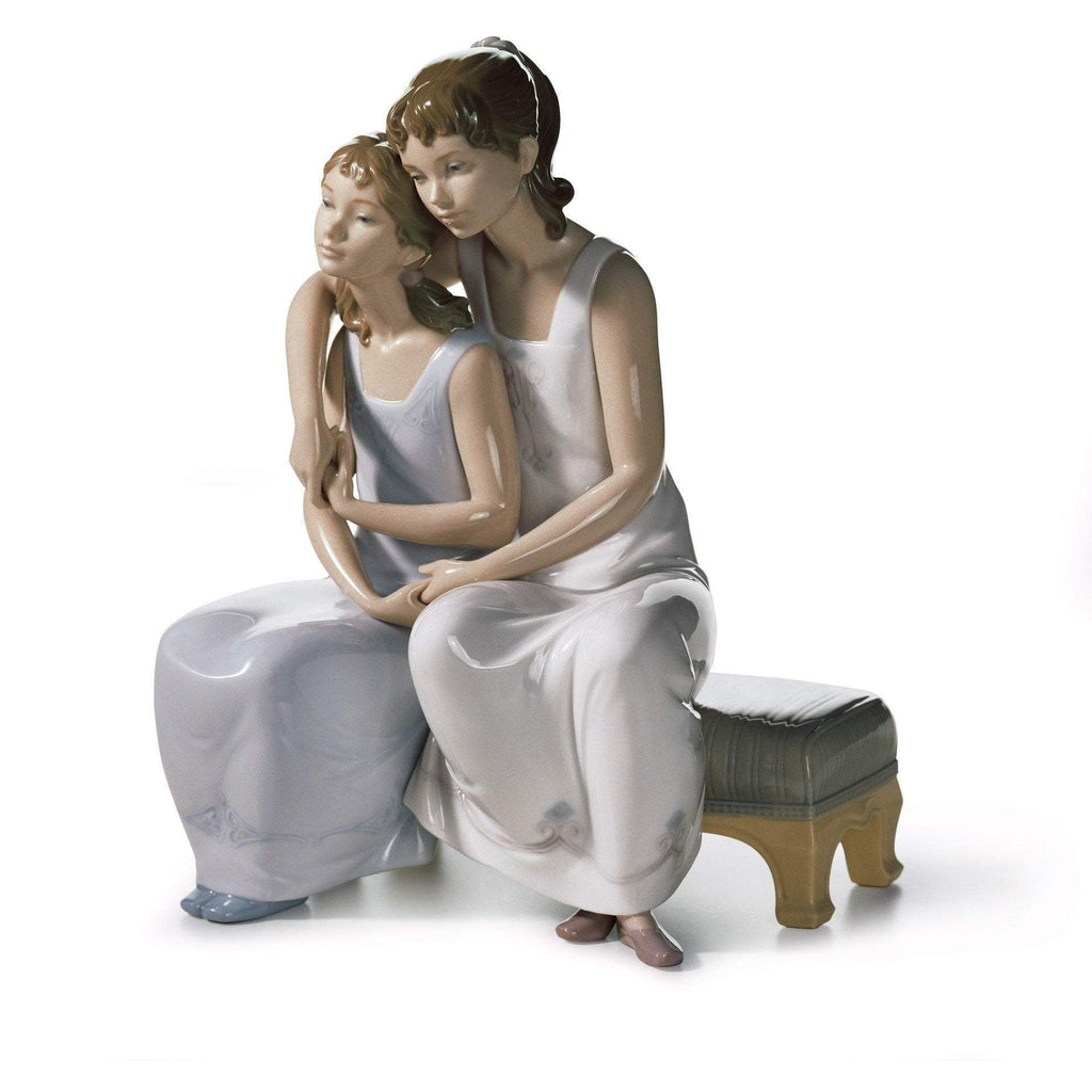 Lladro My Sister, My Friend Figurine 01006901