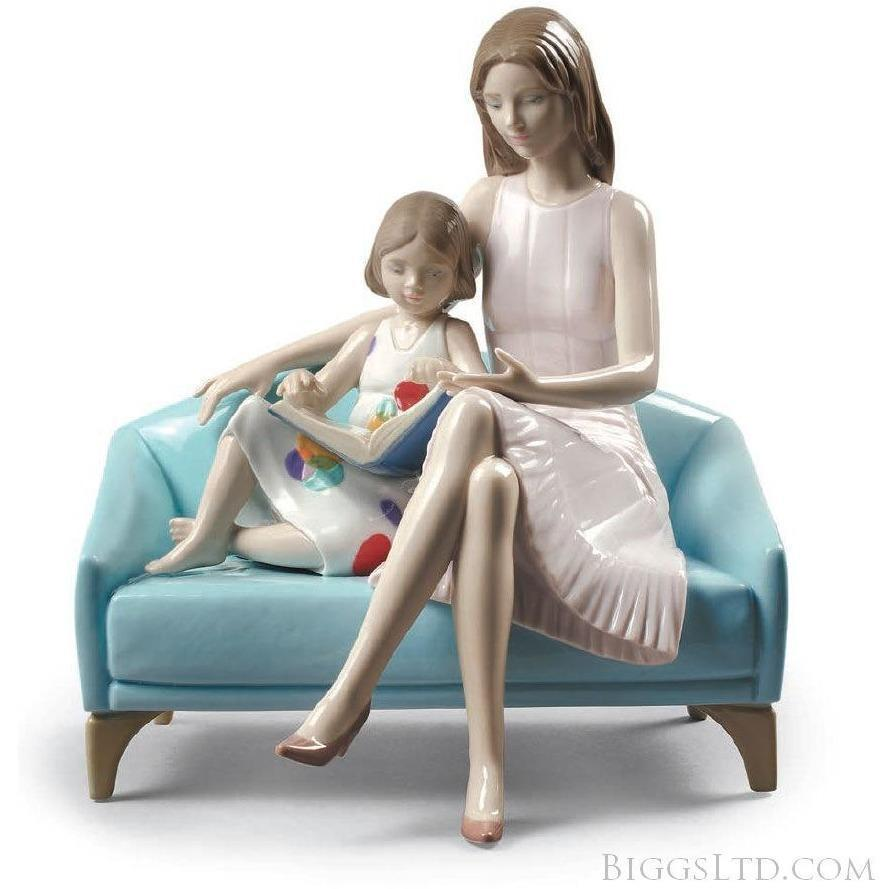 Lladro Our Reading Moment Figurine 01009225
