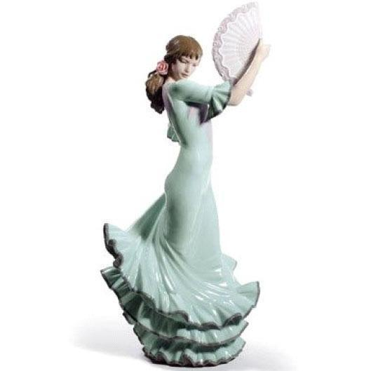 Lladro Passion And Soul Figurine 01008685