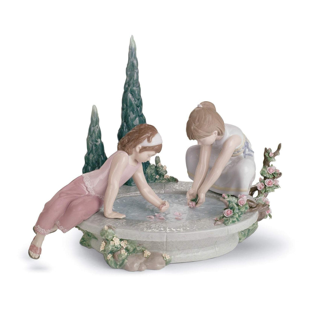 Lladro Petals In The Pond Figurine 01008355
