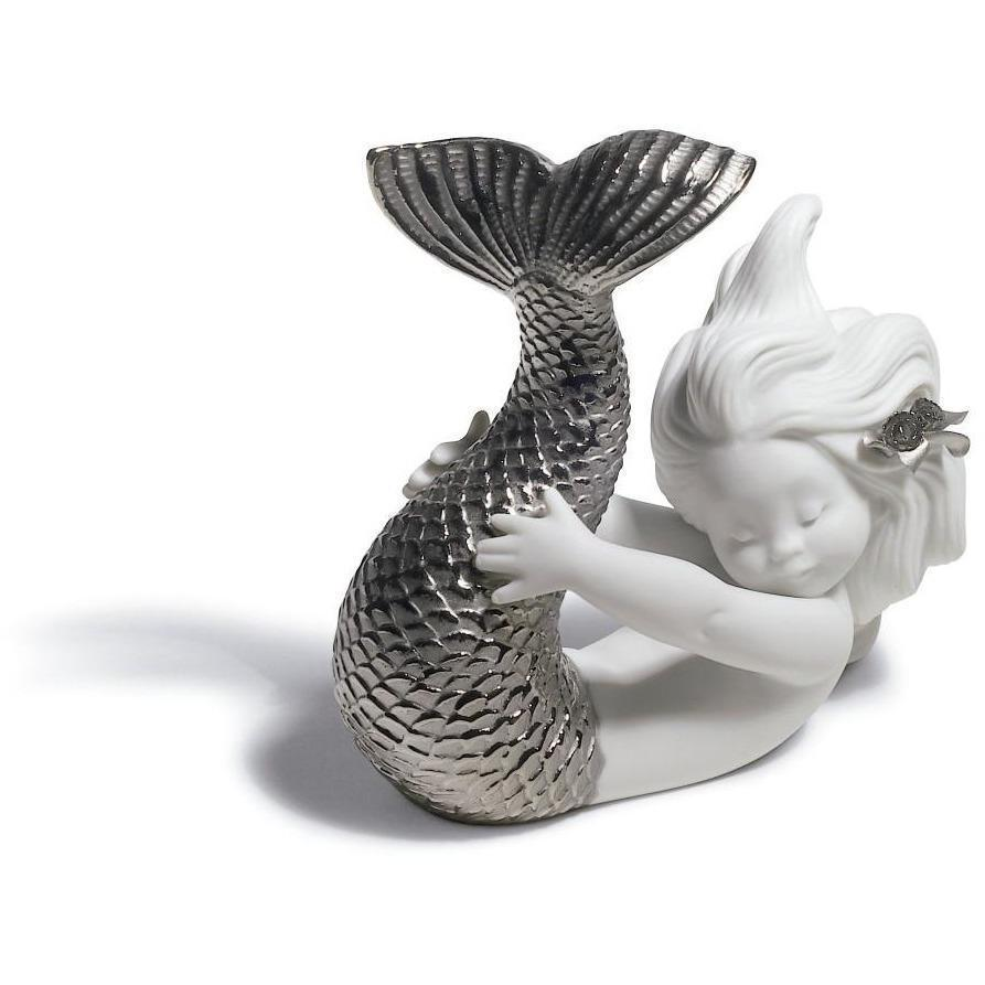 Lladro Playing At Sea Silver Re-Deco Figurine 01008545