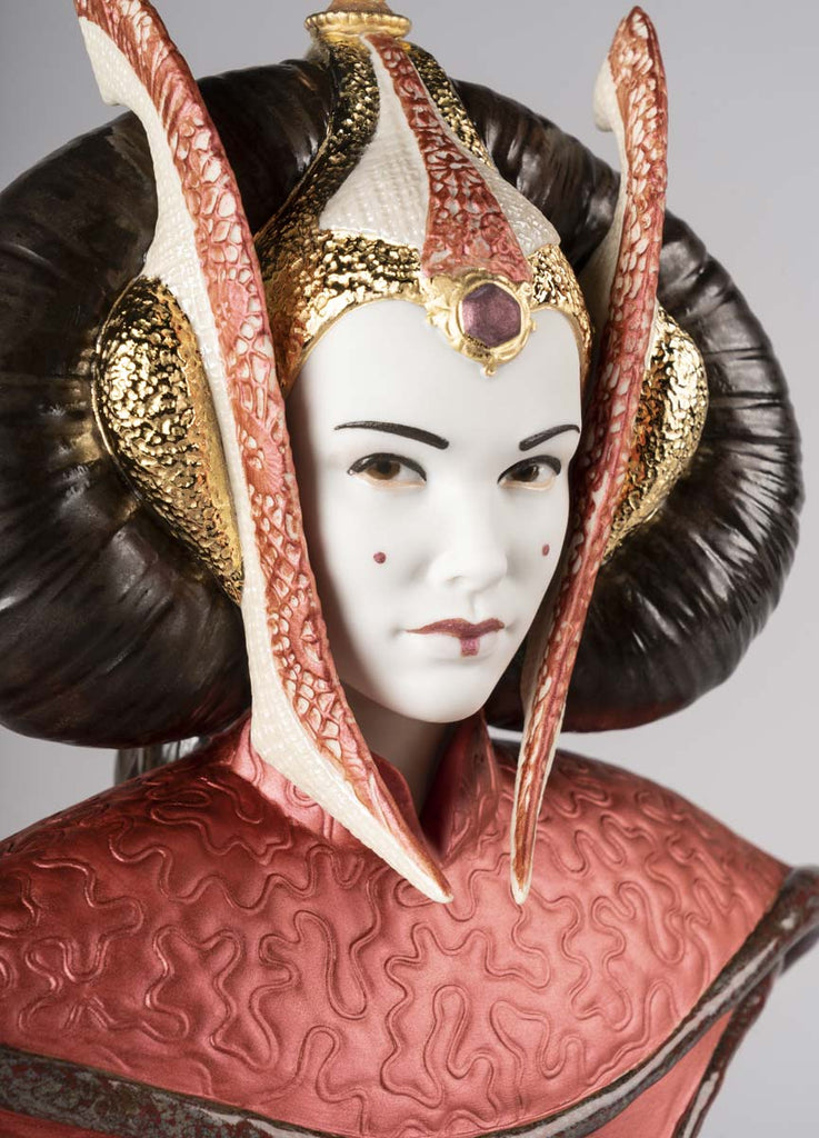 Lladro Star Wars Queen Amidala In The Throne Room 01009413