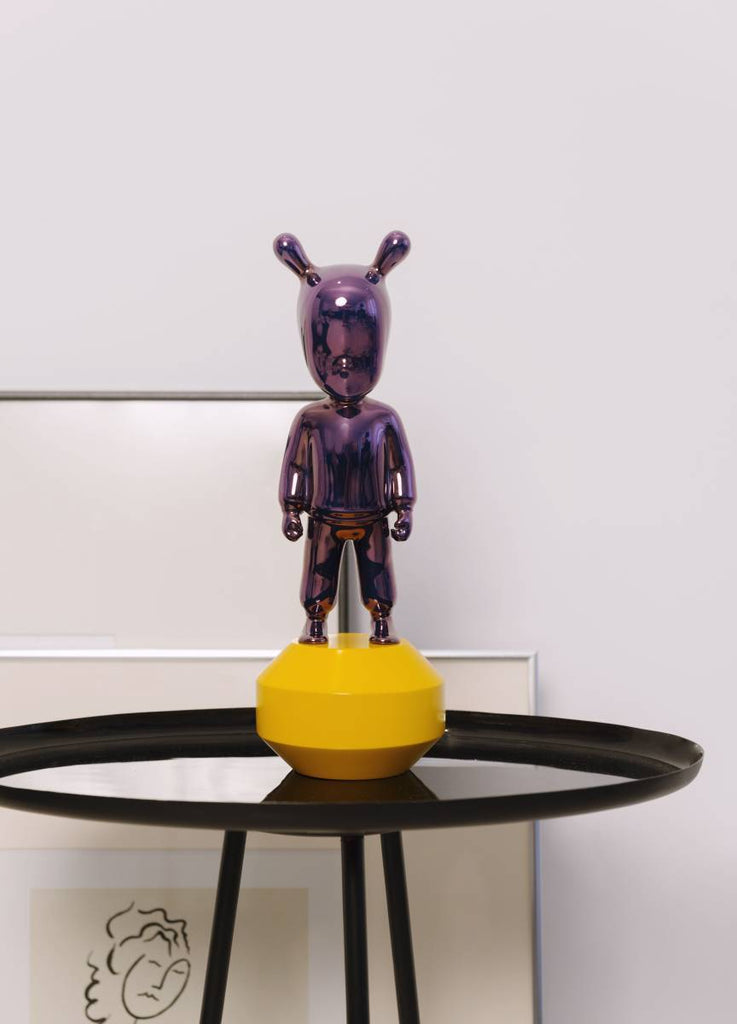 Lladro The Guest Purple On Yellow Figurine Small 01007746