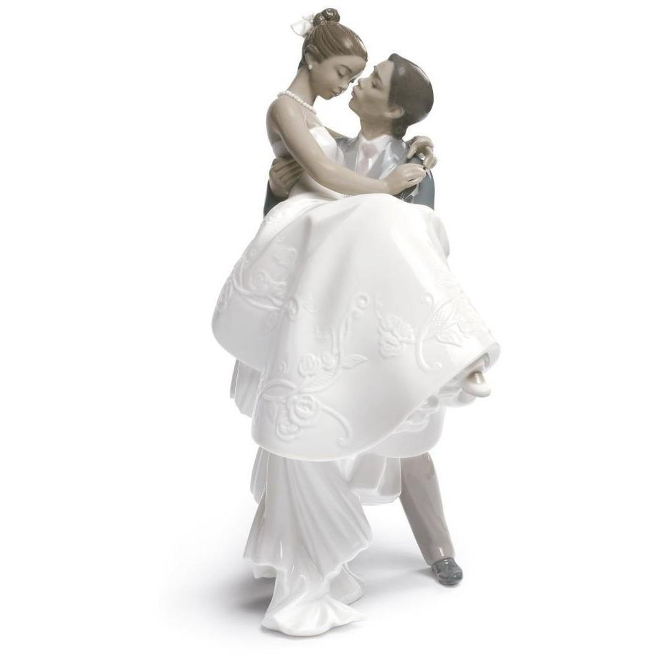 Lladro The Happiest Day Figurine 01009210