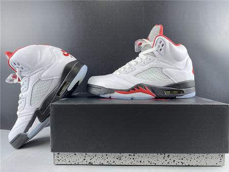 "Air Jordan 5 ""Fire Red"""