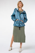 Load image into Gallery viewer, Kimi Popover Jacket | Metal Turquoise