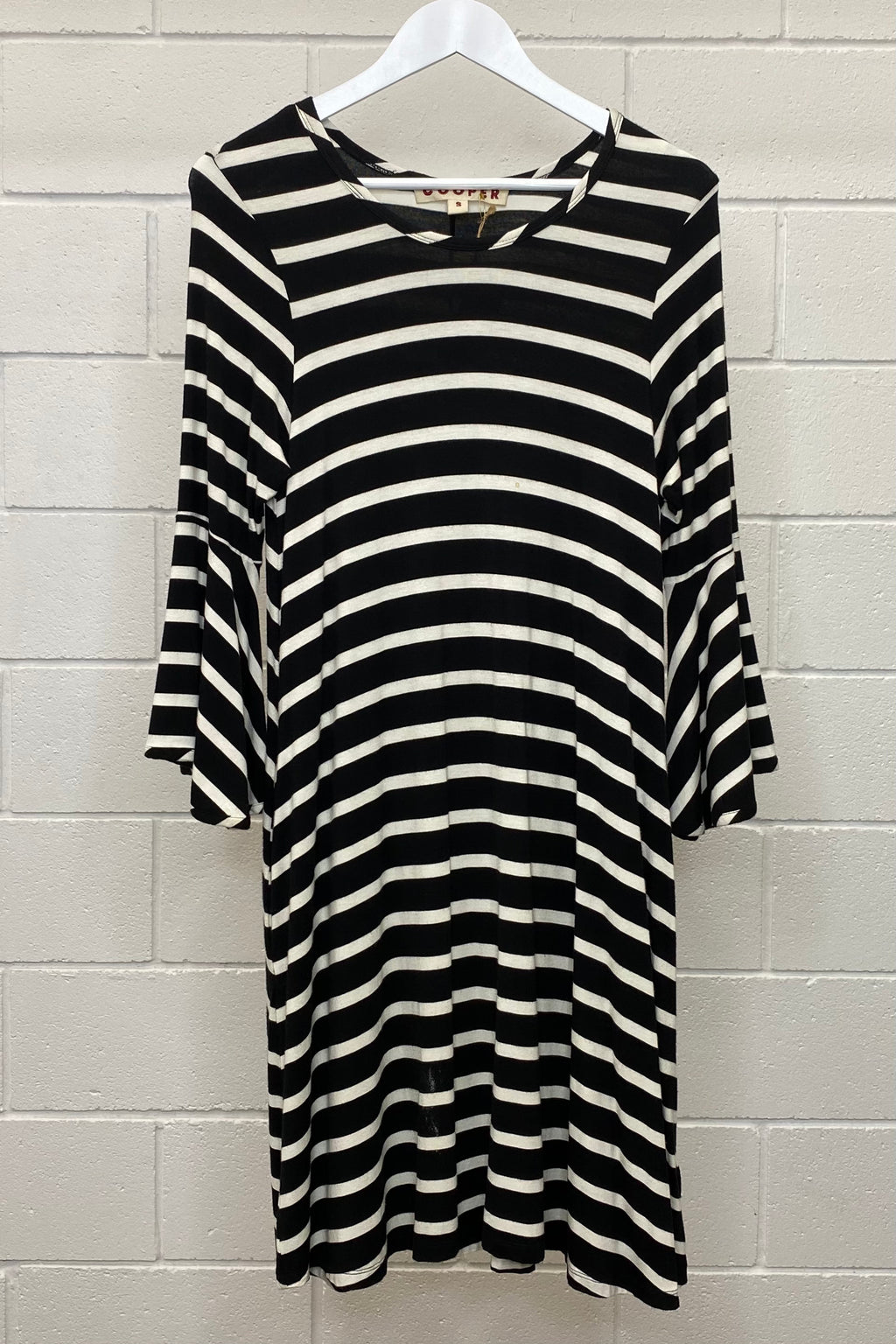 BLACK AND WHITE STRIPED SHIFT SIZE S | Dress (Preloved)