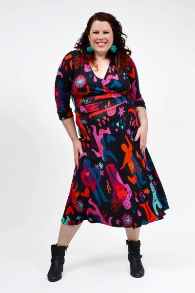 THE CLARA WRAP 'DANCER BERRY' | DRESS