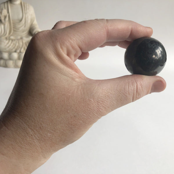 SHUNGITE SPHERE - Chi for Healing