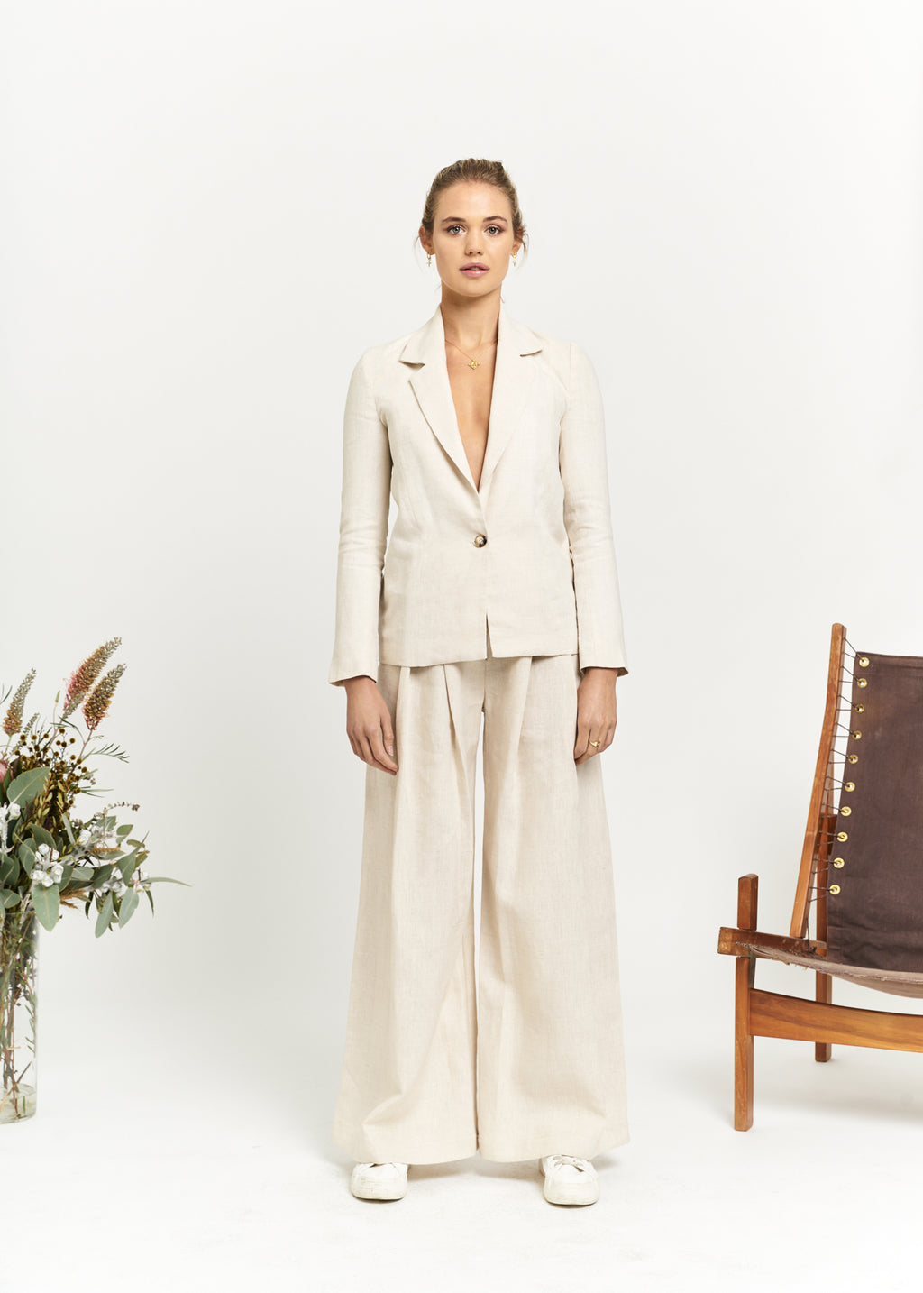 Marlo by Marlo Apostle Linen Suit Front