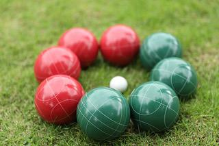 Deluxe 8 Resin Bowls Bocce Game Set Red & Green W/ Rules