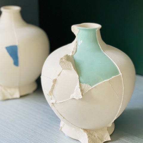 One of a kind art piece vase from Hong Kong - JAHOKO