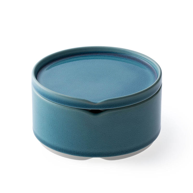 Hasu stacking bowl w. lid - azure blue M