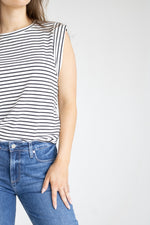 V-Neck Ribbed S/L Crop Top