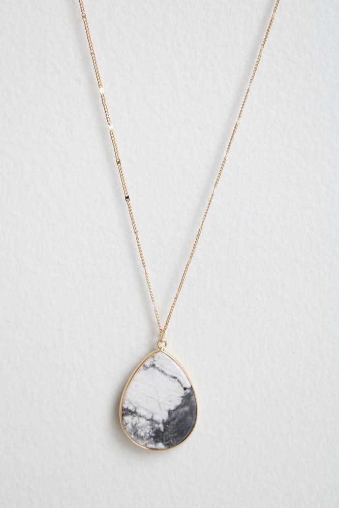 Evie Necklace
