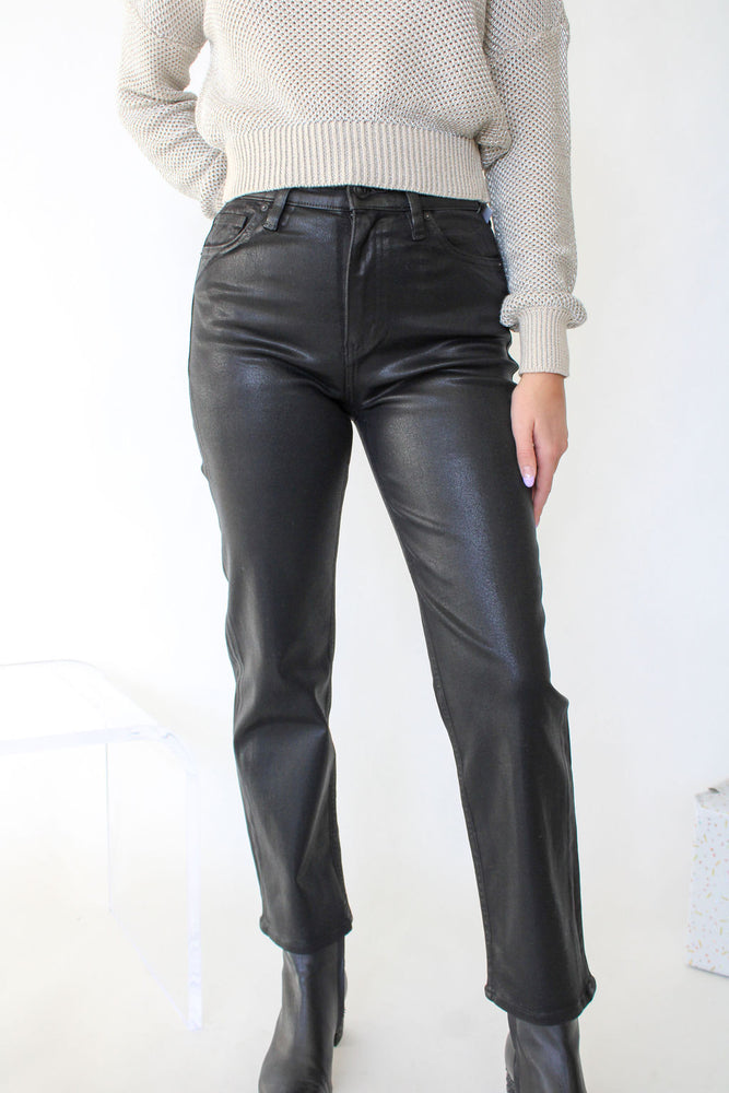 Remi High Rise Straight Crop