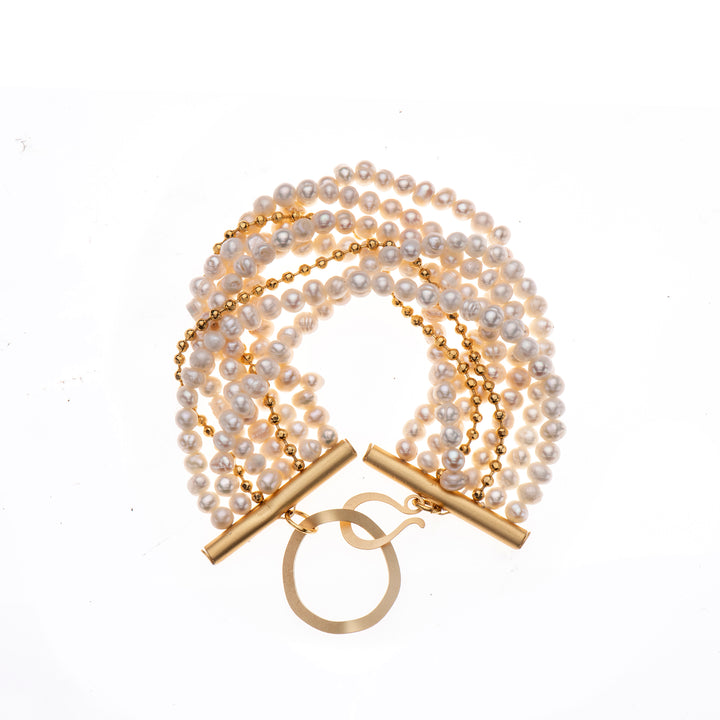 Natalia - Retro multilayer pearls & gold bracelet