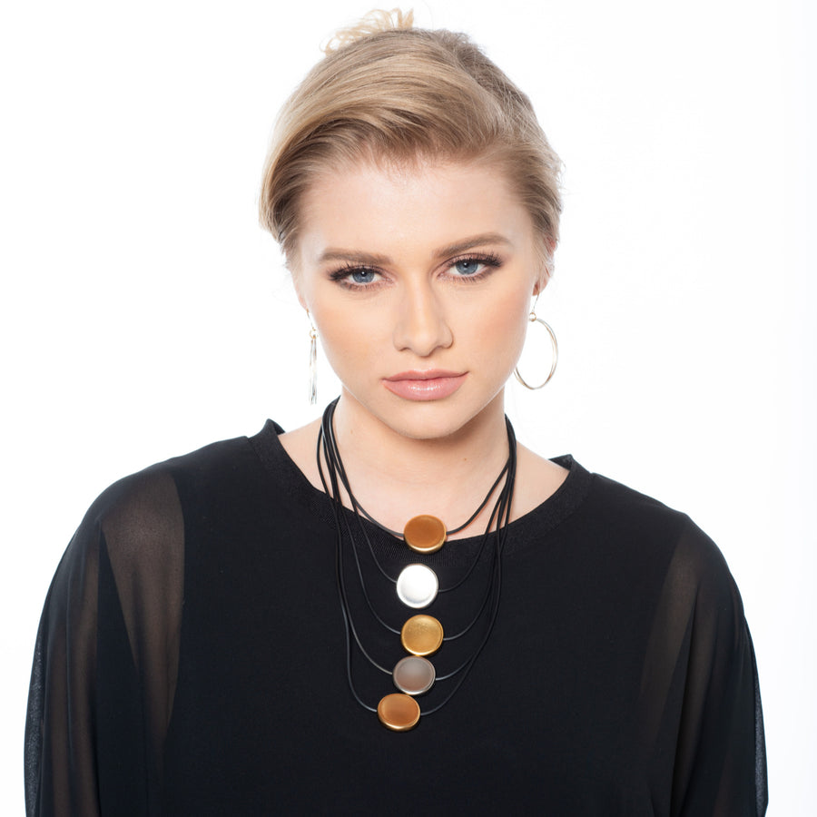Donna - Bold multilayer discs necklace