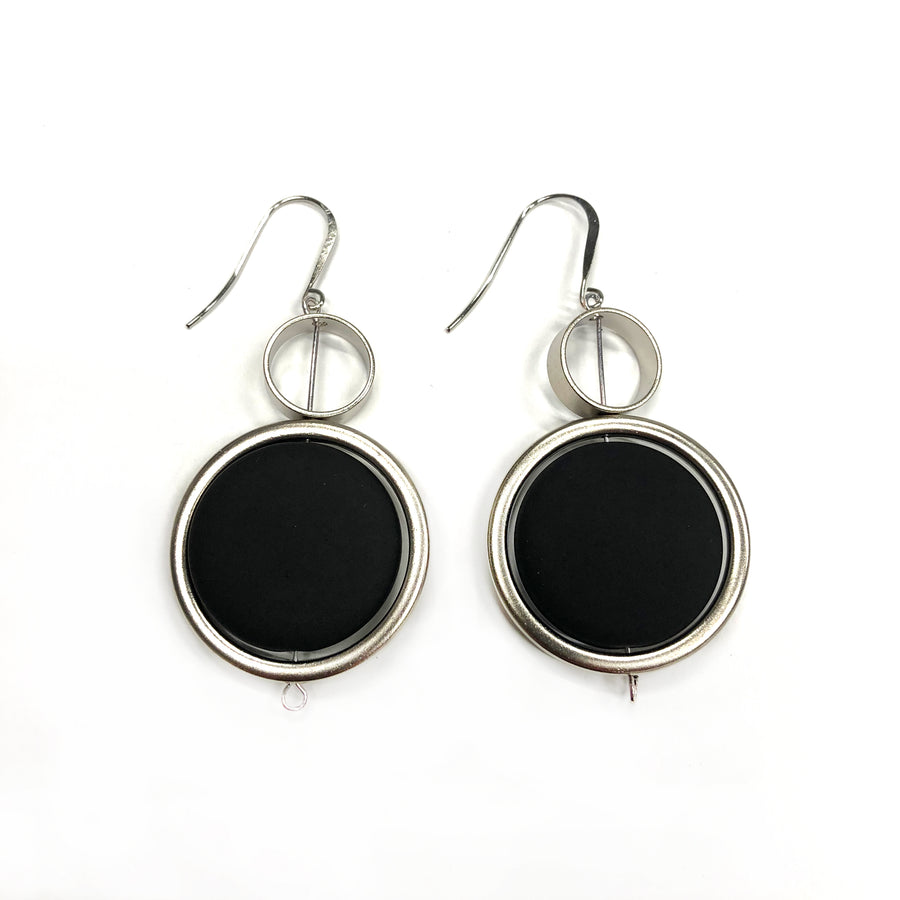 Kelly - Stunning 24K gold and black large circular dangle earrings