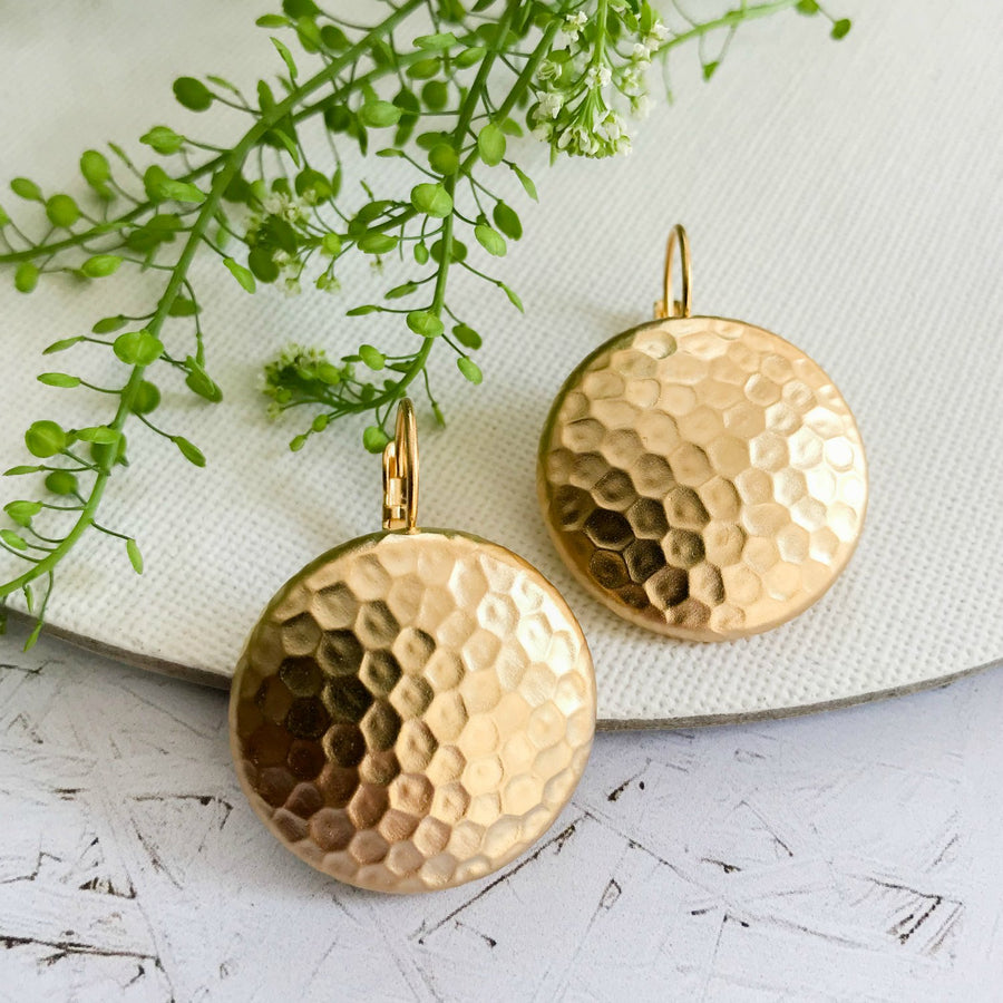 Melissa - Hammered metal disc earrings