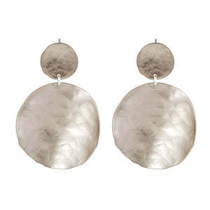 Olivia - Silver hammered metal discs earrings