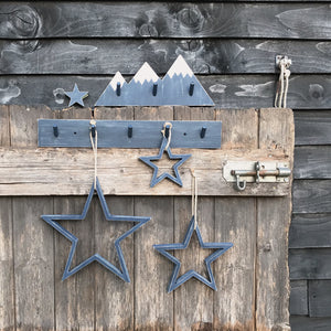 NAVY LONG PEGBOARD