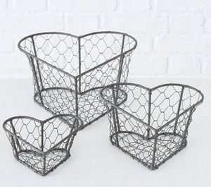 SET OF HEART BASKETS