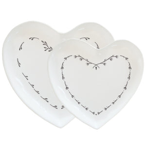 SET OF 2 HEART PLATES