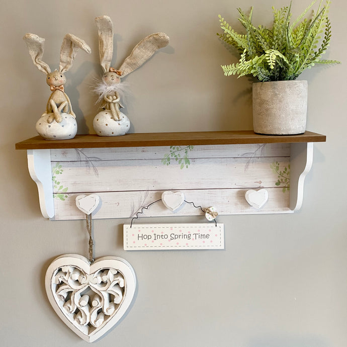 WOODEN LEAF SHELF