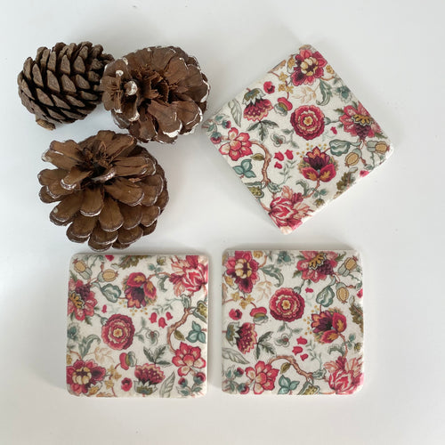 RED BLOOMS COASTERS