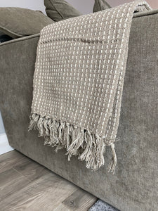 TAUPE WOVEN STITCH THROW