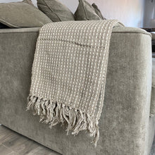 Load image into Gallery viewer, TAUPE WOVEN STITCH THROW