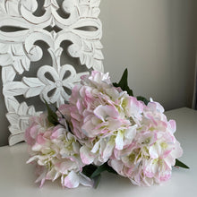 Load image into Gallery viewer, LIGHT PINK HYDRANGEA BUNCH