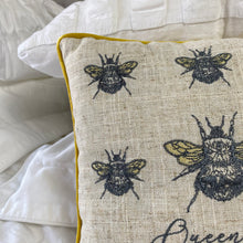 Load image into Gallery viewer, VINTAGE QUEEN BEE CUSHION