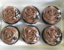 Load image into Gallery viewer, Chocolate & Vanilla Cupcakes