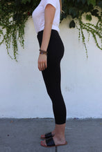 Load image into Gallery viewer, Basic Black 7/8 Leggings