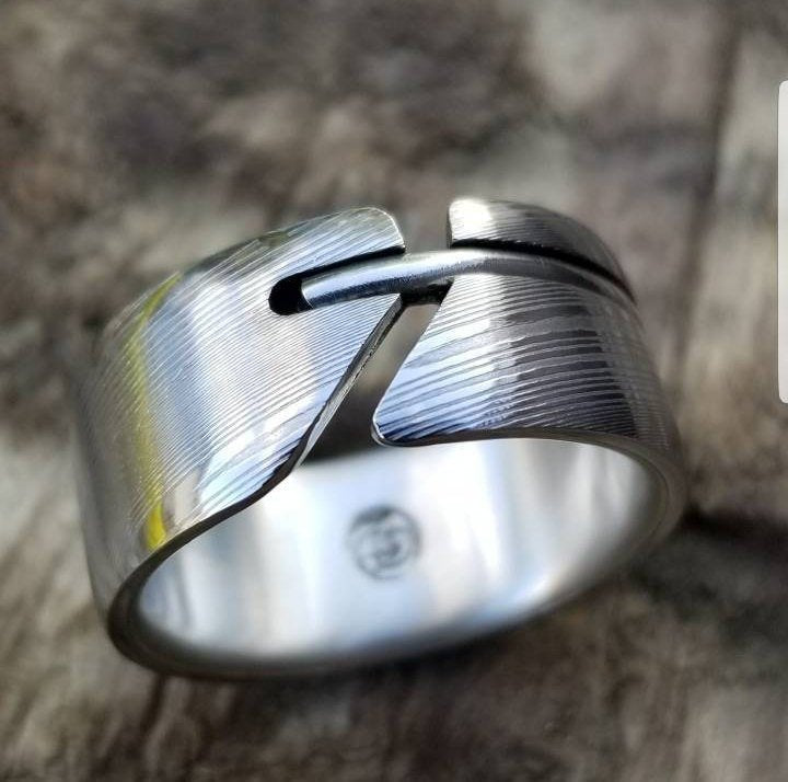 Stainless steel Damascus & Gold