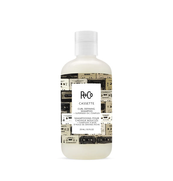 A bottle of Cassette Curl Shampoo + Superseed Oil Complex 8.5 fl OZ from R+Co