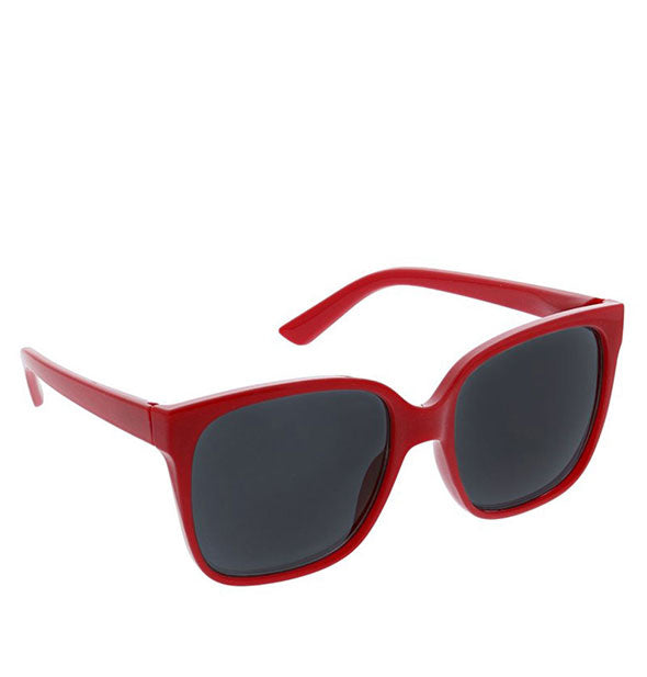 Angled view of Peepers Palisades Sunglasses in Red.